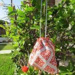 Valmis kukkaro auringossa / Finished purse in the sunshine